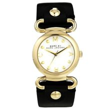 Marc Jacobs MBM1309 Womens White Dial Analog Quartz Watch with Leather Strap